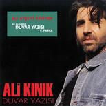 """Duvar Yazısı """"Ali Aşe'yi Seviyor"""""""