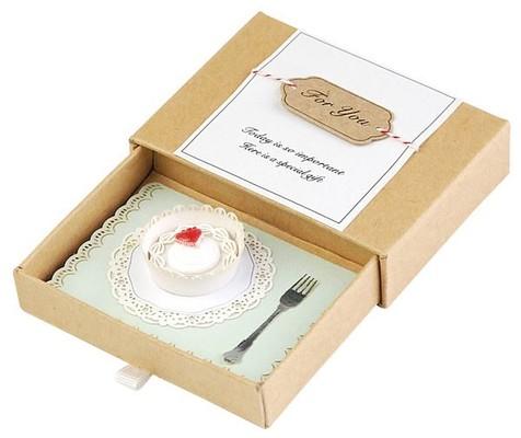 Wooderfull Life Doğum Günü Pastası Hediye Kutusu 9025001