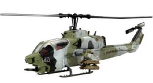 Revell Maket AH-1W Super Cobra 04415 1:72