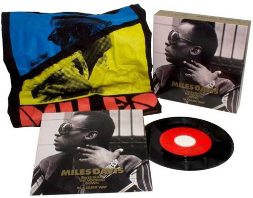 """Threads + Grooves (Miles Runs The Voodoo Down - In A Silent Way) (7"""" LP + T-Shirt)"""
