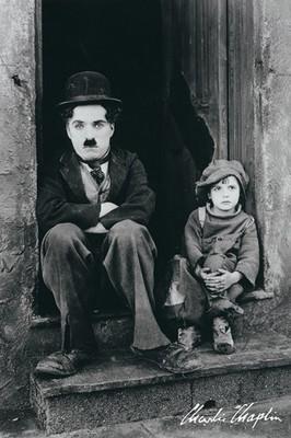 Pyramid International Maxi Poster - Charlie Chaplin - Doorway