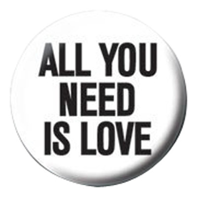 Pyramid International Rozet - All You Need Is Love