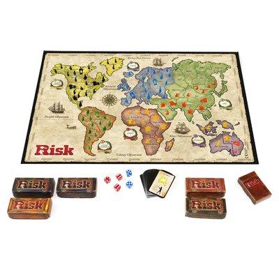 Hasbro B7404 Risk Strateji Oyunu