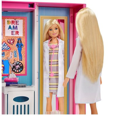 Barbie'nin Rüya Dolabı Oyun Seti